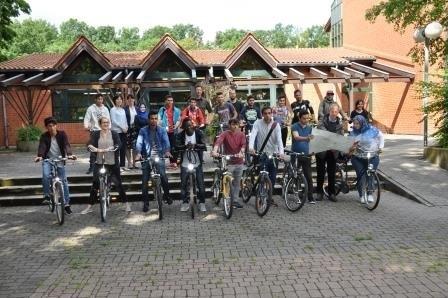 Gruppenbild der Jugendlichen Fahrradfahrer