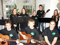 "Das Folk-Ensemble ""Clover"""