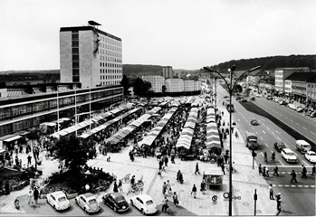 Rathausvorplatz Kulturzentrum 1964